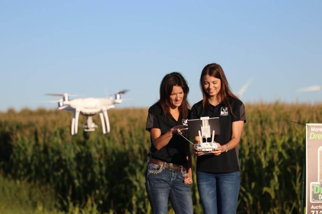Farm Auctioneer droning a farm